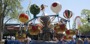 worlds-of-fun_planet-snoopy_710